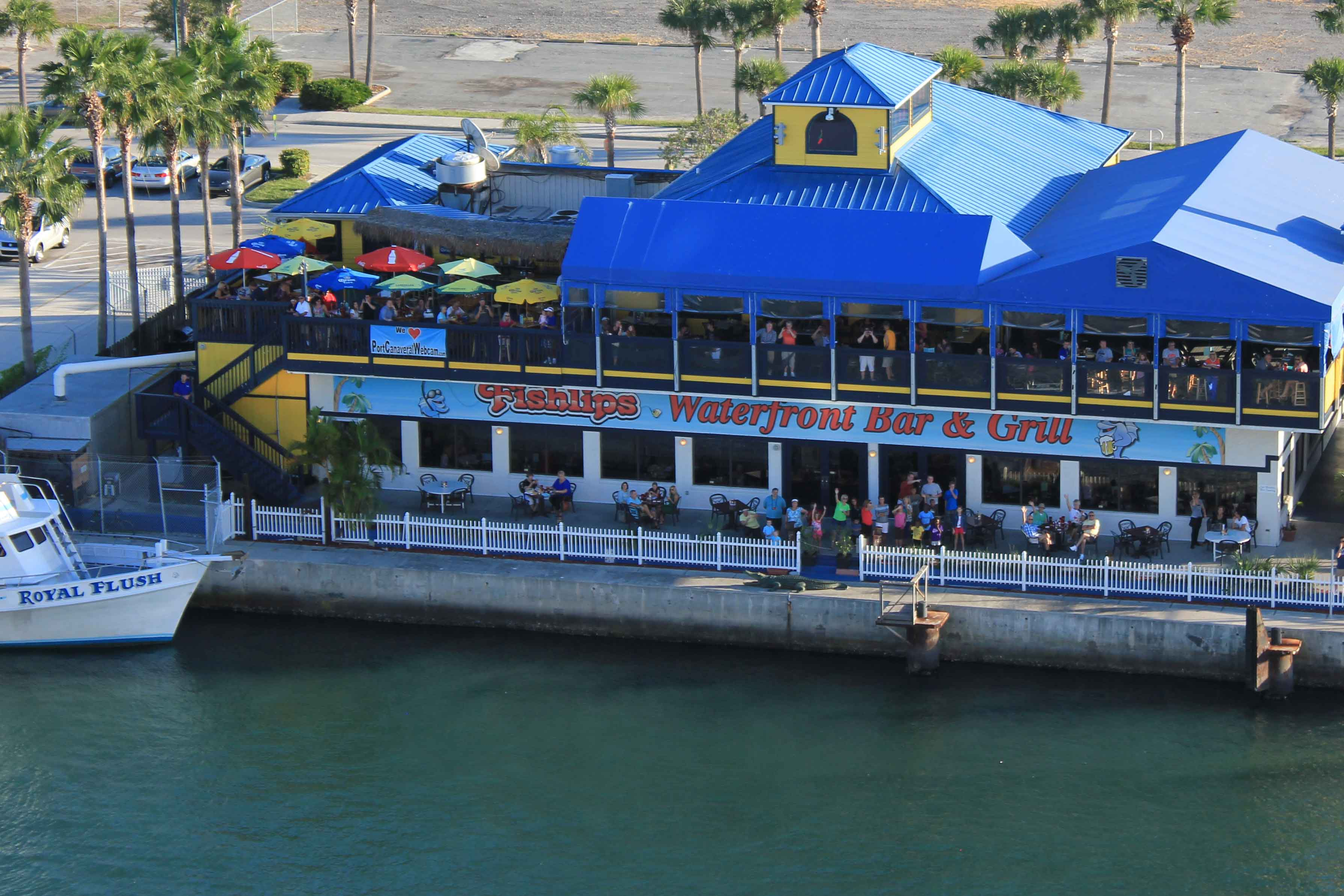 FishlipsWaterfrontBarAndGrill_portcanaveral